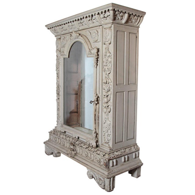Traditional Circa 1830 Chateau Vitrine From the Southwest of France For Sale - Image 3 of 12