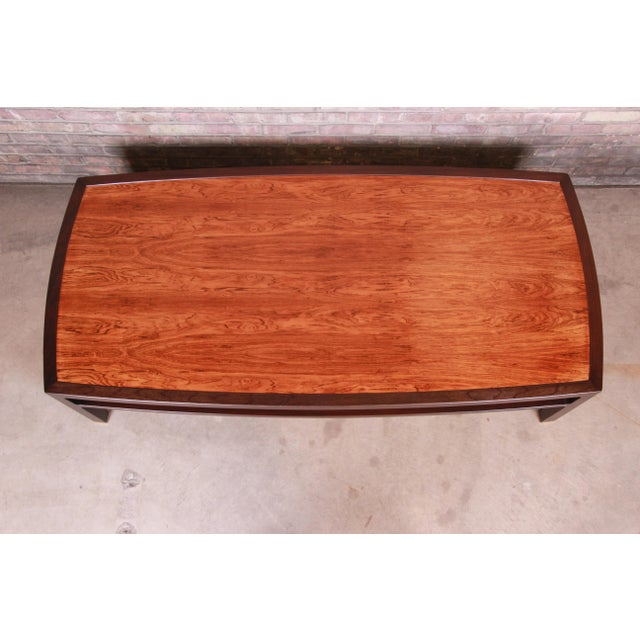 Edward Wormley for Dunbar Monumental Rosewood and Walnut Coffee Table, Newly Restored For Sale In South Bend - Image 6 of 13