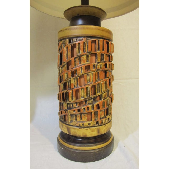 Vintage 1960s Ceramic Table Lamp - A Pair - Image 5 of 6
