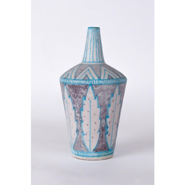 1950s 1950s Vietri Itso Guido Gambone Blue & White Glazed Ceramic Vase For Sale - Image 5 of 5