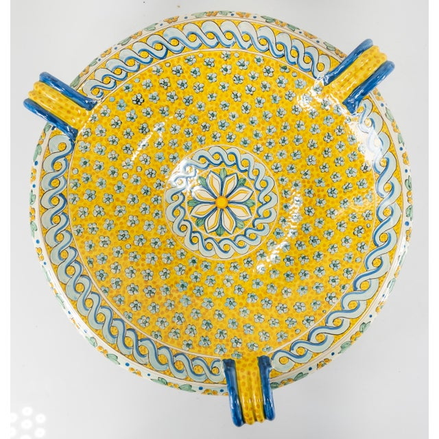 Late 20th Century Italian Yellow Majolica Renaissance Revival Decorative Wall Charger For Sale - Image 10 of 10