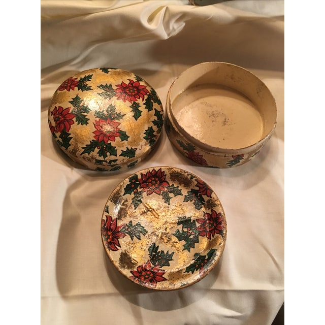 1970s Vintage Christmas Poinsettia Paper Mache Coasters in Box For Sale - Image 5 of 7