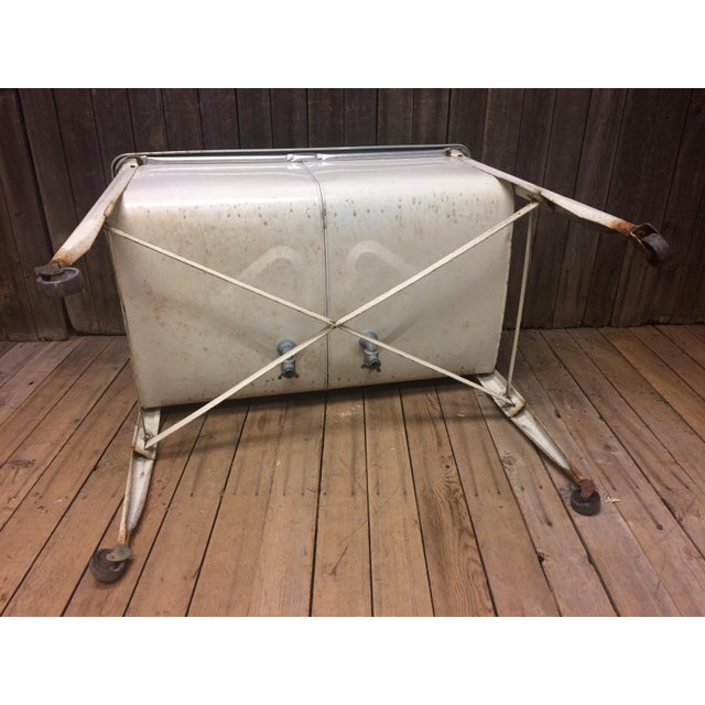 Vintage White Double Basin Metal Wash Tub with Stand - Image 3 of 11