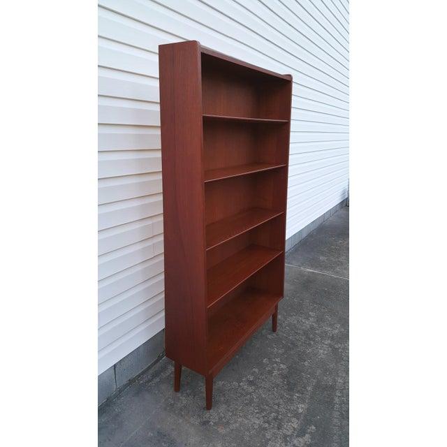 1960s 1960s Danish Modern Graduated Teak Bookcase Shelf For Sale - Image 5 of 12