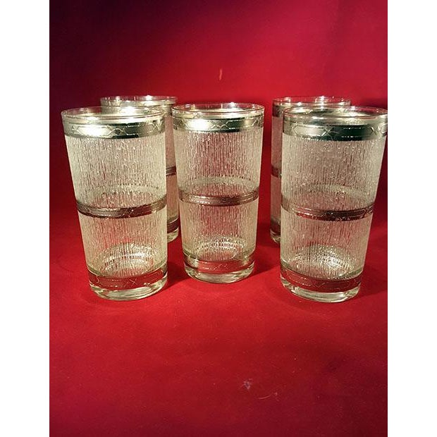 Culver Ltd. Culver Suburban Wet Textured Platinum Banded Tumblers - Set of 6 For Sale - Image 4 of 11