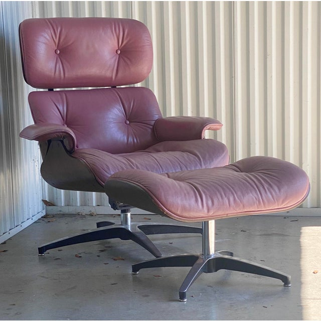Rose Vintage Lounge Chair and Ottoman in the Manner of Charles Eames For Sale - Image 8 of 8