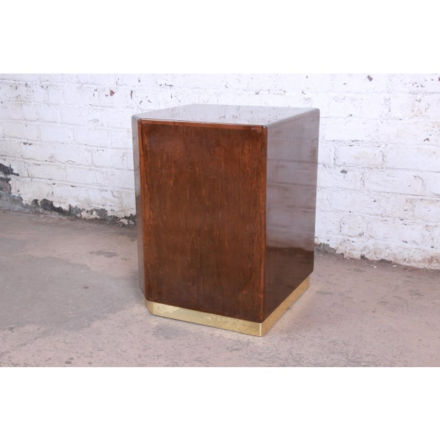 Mid-Century Modern Milo Baughman for Thayer Coggin Maple and Brass Cube Side Table For Sale - Image 3 of 9