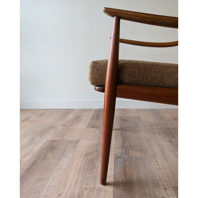 Brown 1960s Newly Upholstered Lounge Chair by Hvidt & Mølgaard-Nielsen for France & Daverkosen For Sale - Image 8 of 13