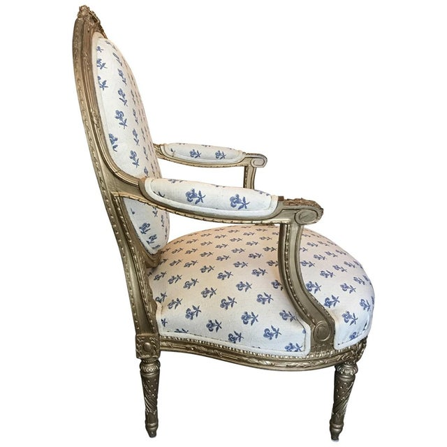 French 19th Century French Louis XVI Style Giltwood Fauteuils For Sale - Image 3 of 8