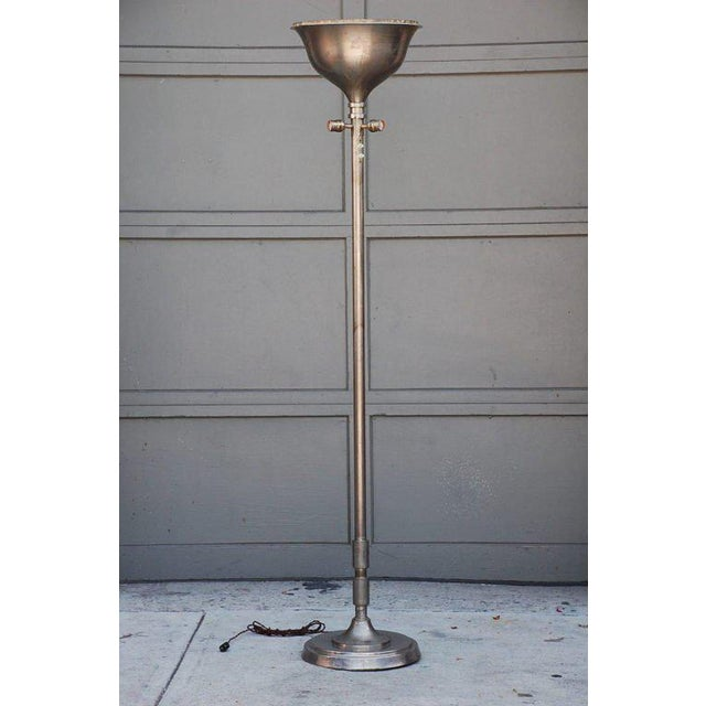 1930s Tall French Art Deco Chrome Floor Lamp For Sale In Los Angeles - Image 6 of 6
