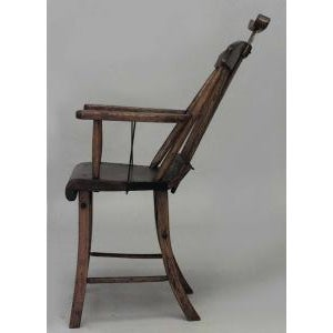 American Country (19th Cent) Stained Pine Arm Chair With Spindle Back and Adjustable Headrest For Sale In New York - Image 6 of 7