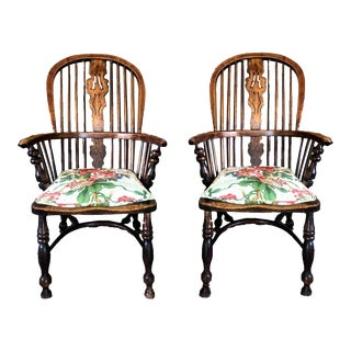 19th Century American Rustic Bow-Back Windsor Chairs - a Pair For Sale