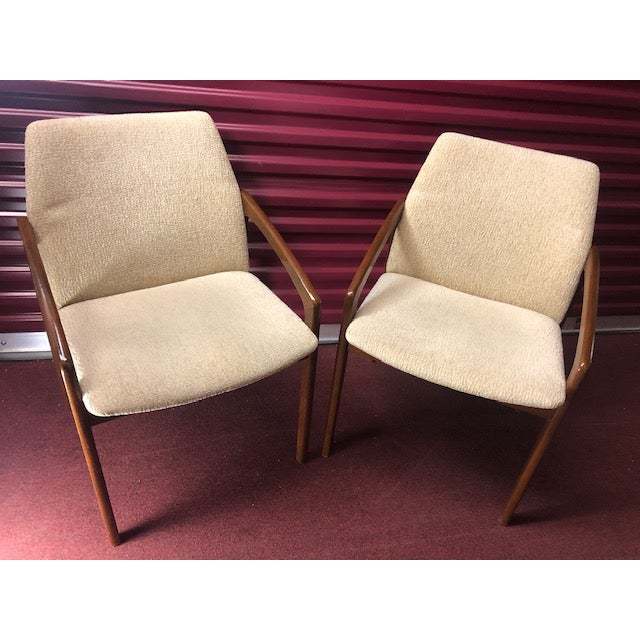 Mid 20th Century Danish Mid-Century Modern Chairs - a Pair For Sale - Image 10 of 10