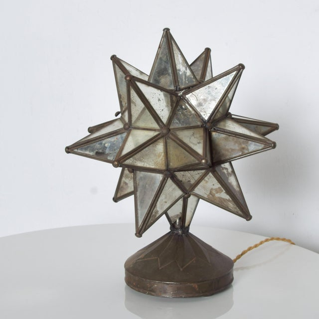 1960s Vintage Art Deco Glass Star Table Lamp on Patinated Brass Base, Mexico For Sale - Image 10 of 11