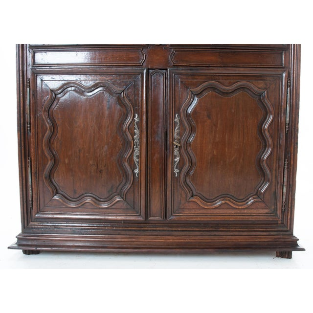 French 18th Century Dark Oak Homme Debout / Cupboard For Sale - Image 4 of 10