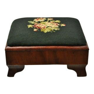 19th Century American Victorian Mahogany & Green Needlepoint Petite Footstool Ottoman For Sale