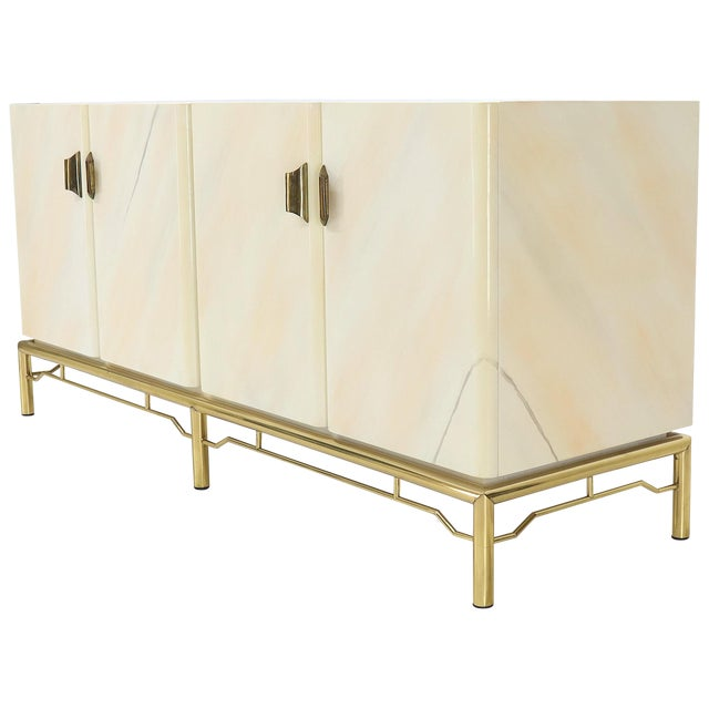 Mid-Century Modern White Lacquer Faux Finish Door 4 Doors Credenza on Brass Base For Sale