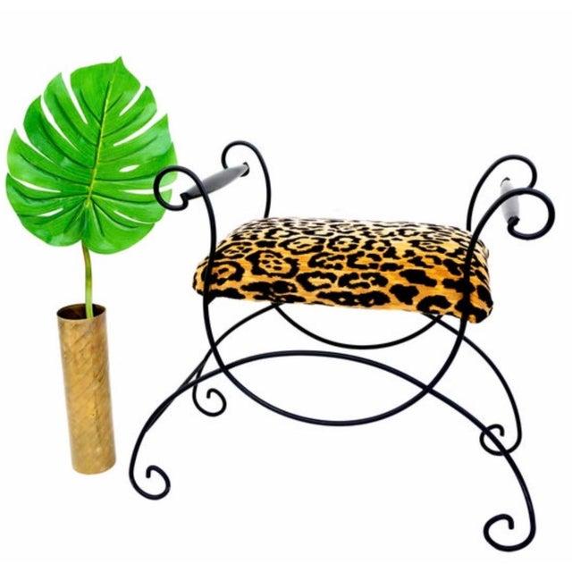 Mid-Century Hollywood Regency Leopard Velvet Empire Style Vanity Bench For Sale - Image 9 of 10