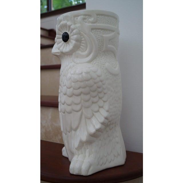 1980s Art Deco White Ceramic Owl Vase - Image 2 of 5