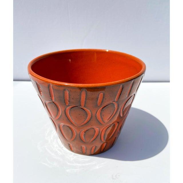 Mid-Century Modern Italian Orange Mid-Century Ceramic Planter For Sale - Image 3 of 9
