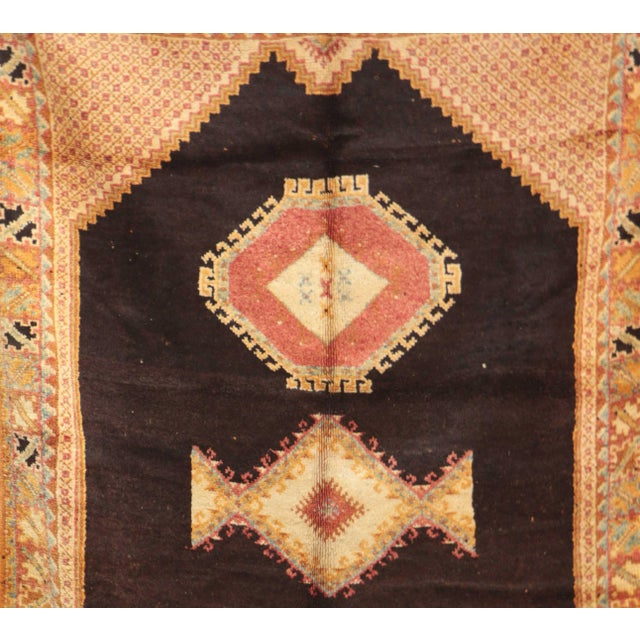 """AIT OUAGHRDA Vintage Moroccan Rug, 5'5"""" x 7'10"""" feet / 165 x 240 cm For Sale - Image 5 of 6"""