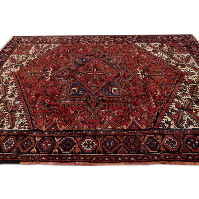 "Vintage Persian Heriz Handmade Wool Rug, 7'9"" X 10'3"" For Sale In New York - Image 6 of 10"