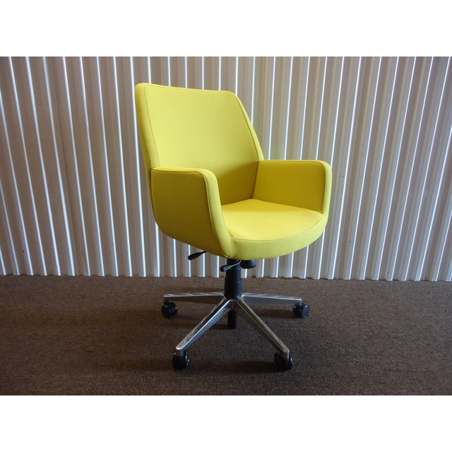 Bindu is a Premium Classic and Modern Executive and Conference Chair Combines Comfort and Performance with Synchro-tilt...