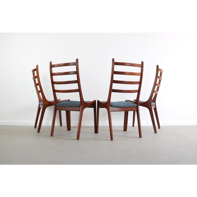 Mid-Century Modern Set of 4 Mid Century Danish Modern Contoured Ladder Back Dining Chairs in Teak For Sale - Image 3 of 8