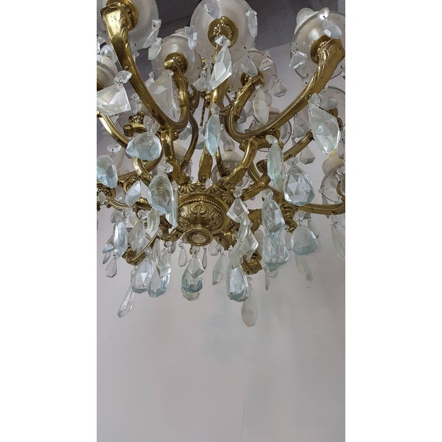 20th Century Italian Gilded Bronze and Crystals Chandelier For Sale - Image 4 of 8