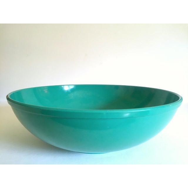 Vintage Mid Century Modern Melmac Melamine Extra Large Teal Green Round Serving Bowl For Sale - Image 9 of 13