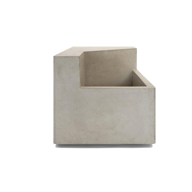 The Scarpa I Cast Concrete Bench or Planter - Image 3 of 5
