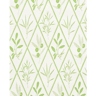 Sample - Schumacher X Charlap Hyman Herrero Endimione Wallpaper in Leaf For Sale