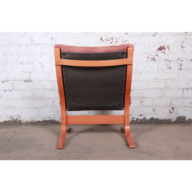 Ingmar Relling for Westnofa Bentwood Teak and Leather Siesta Lounge Chair and Ottoman For Sale - Image 12 of 13