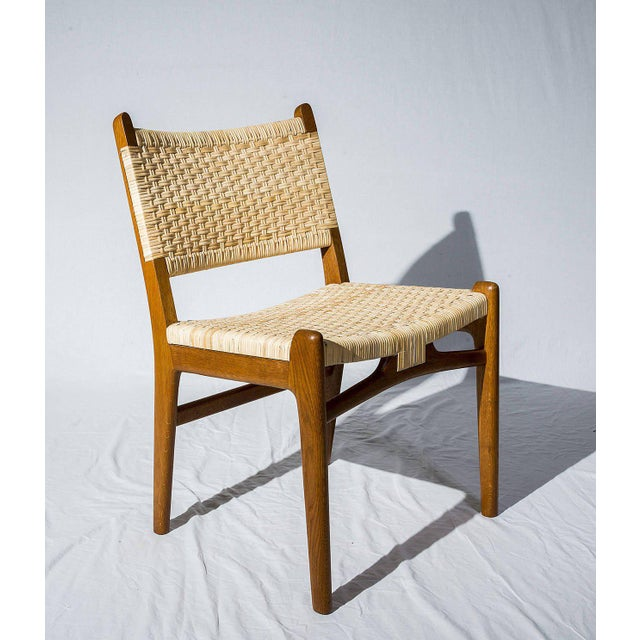 Contemporary Set of 16 Hans Wegner CH31 Dining Chairs For Sale - Image 3 of 10