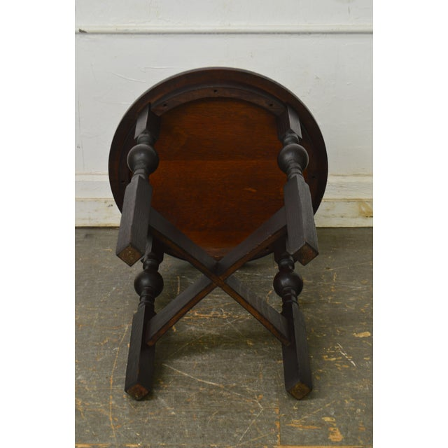 Oak Arts & Crafts Style Antique Round Oak Drinks Table Stickley Era For Sale - Image 7 of 13