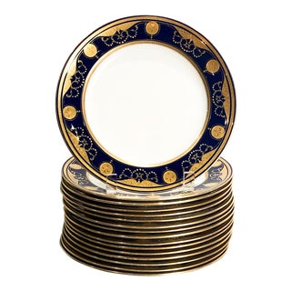 Minton Blue & Gilt Plates, England Circa 1880 - Set of 16 For Sale