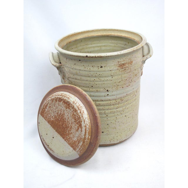 Americana 1970s Rustic Charles Gorrell Nw Coast Studio Pottery Lidded Cylinder Jar For Sale - Image 3 of 6