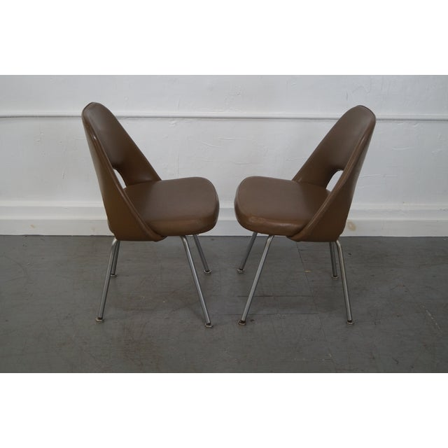 Knoll Vintage Saarinen Executive Chais - Set of 4 - Image 3 of 10