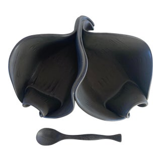 Ceramic Twist Double Server Leaf Dish With Rosewood Spoon in Matte Ebony For Sale