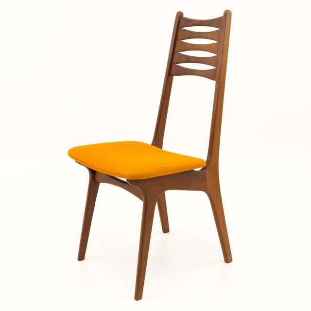 Mid 20th Century Vintage Mid Century Teak Bow Tie Ladderback Dining Chairs- Set of 6 For Sale - Image 5 of 12