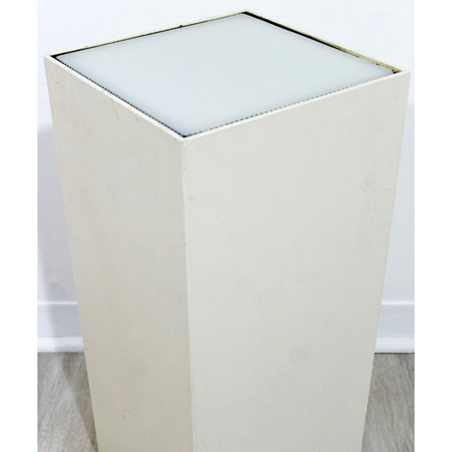 Contemporary Modern Square Lighted Display Pedestal Table For Sale In Detroit - Image 6 of 10