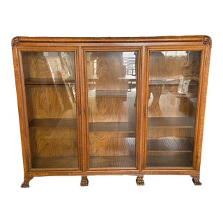 Antique Traditional Display Cabinet For Sale