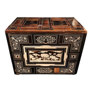 18th-19th Century Rosewood and Ebony Italian Table Cabinet, Box or Mini Trunk For Sale