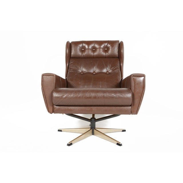 High Back Brown Leather Swivel Lounge Chair - Image 5 of 10