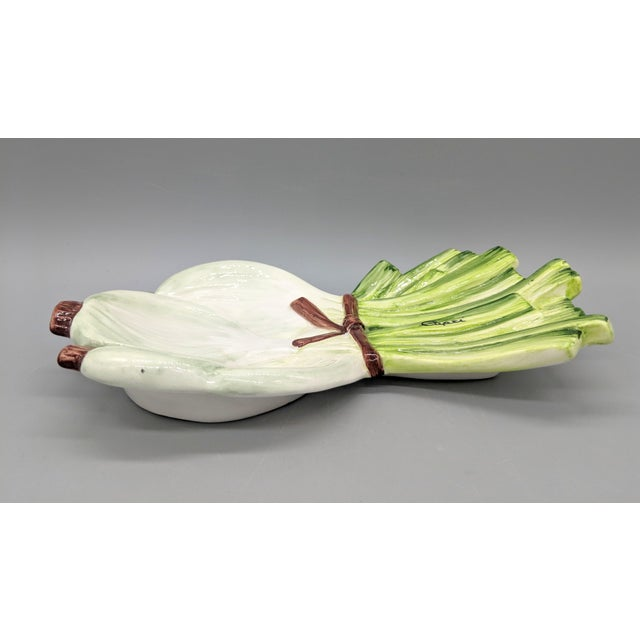20th Century Majolica Italian Green Onion Platter For Sale - Image 4 of 11