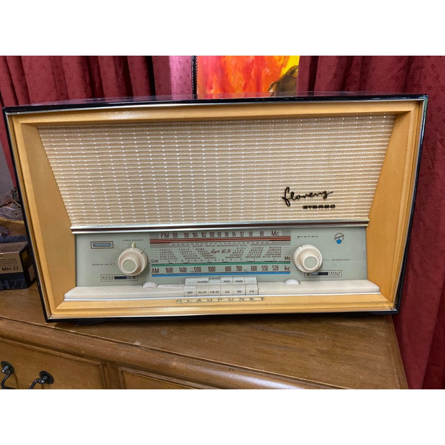 Mid-century Blaupunkt fm and short wave radio Working and in pristine condition with original owners manual. Virginia...
