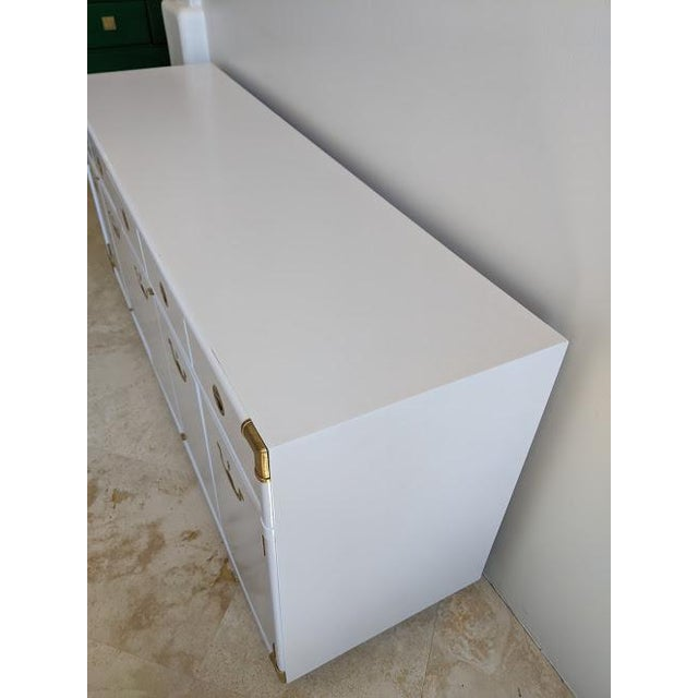 Campaign 1970s Campaign Drexel Accolade White Credenza For Sale - Image 3 of 11