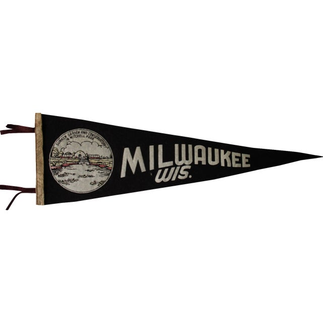 Milwaukee, Wisconsin Pennant - Image 1 of 4