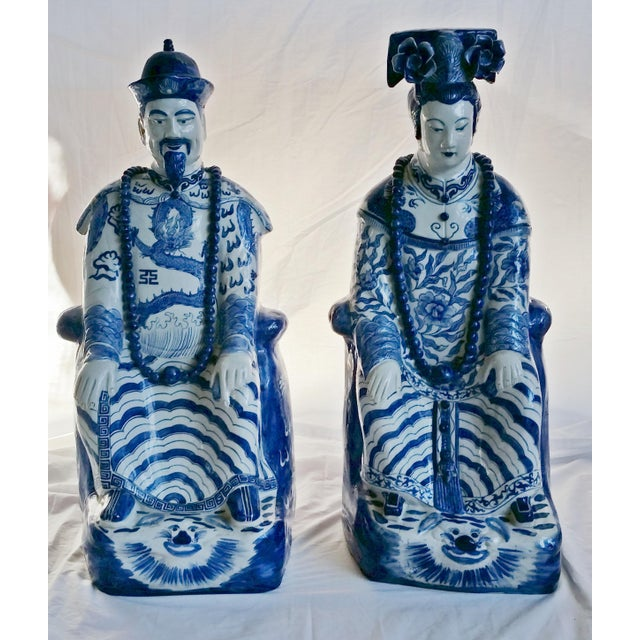 Very Large Scale Chinese Blue & White Figures - Image 2 of 9
