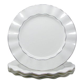 Mikasa Platinum Ring Dinner Plates With Platinum Detail and Ruffle Edge - Set of 4 For Sale